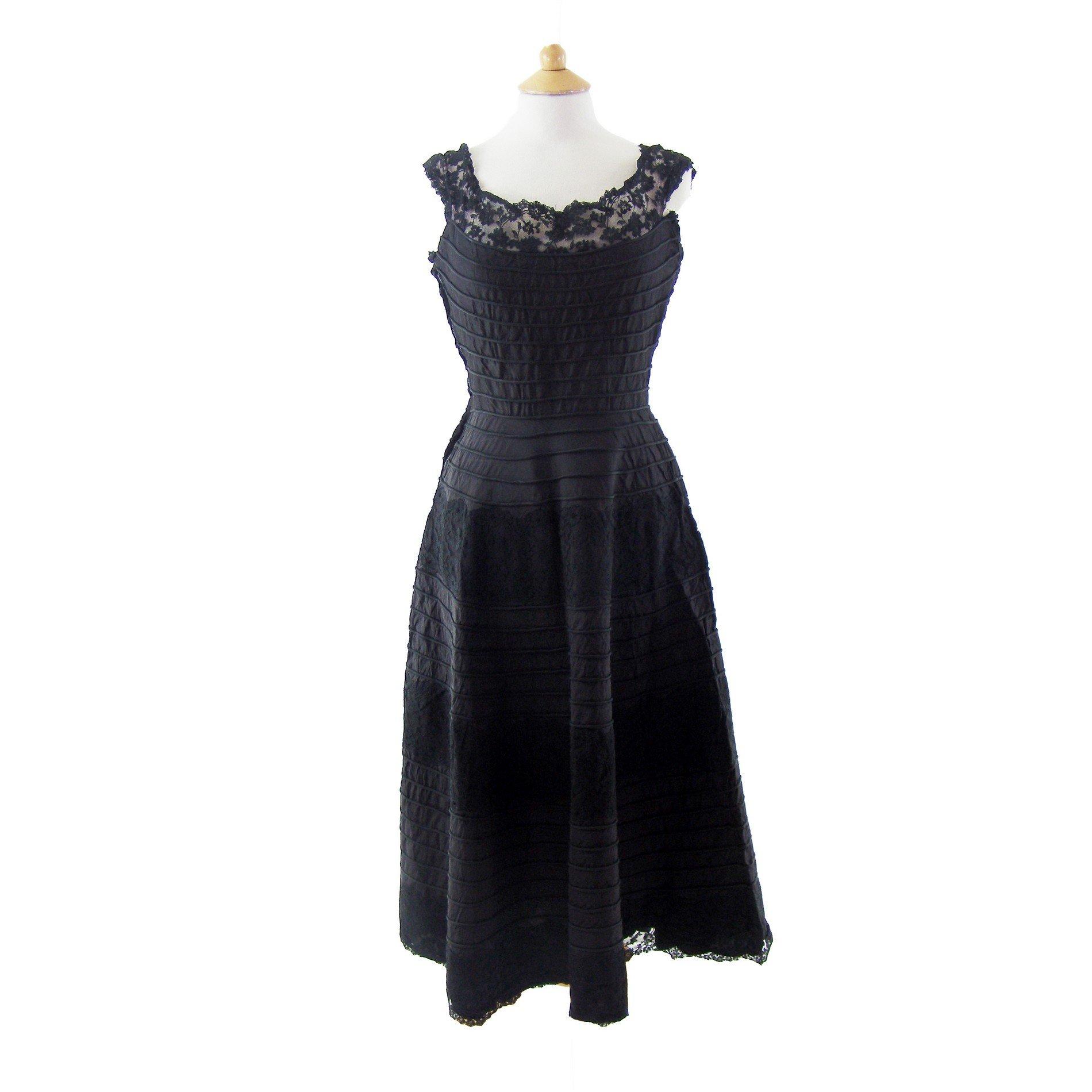 50 S Evening Dresses