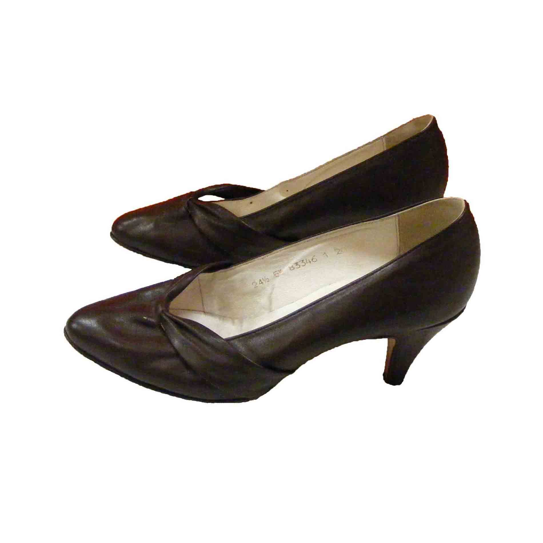 Brown Kitten Heel Pumps - Is Heel