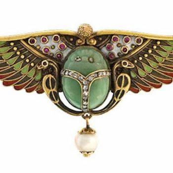 1922 womens fashion - 1920s scarab brooch