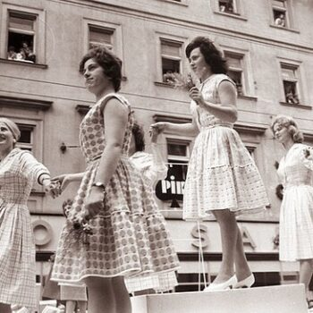 Women wearing 1960s vintage dresses, 1961