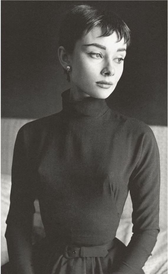 Beaton - Audrey Hepburn 1954 Vogue