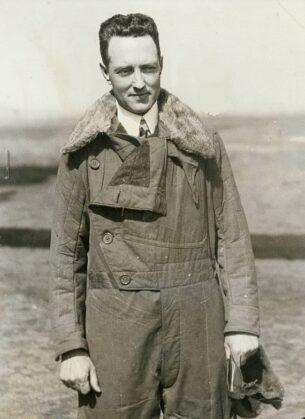 Vintage Shearling - Richard Byrd wearing flight_jacket - 1920s
