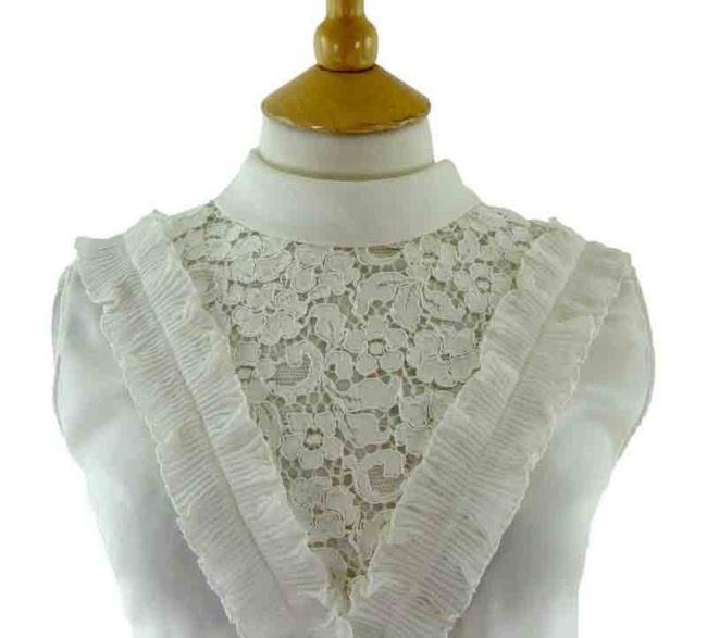 60s white ruffled blouse-close up