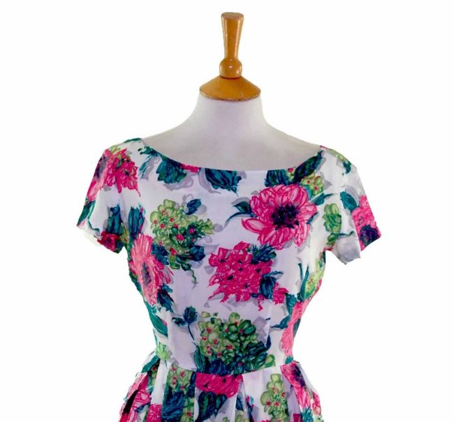 50s Pink Contrast Floral Patterned Dress closeup