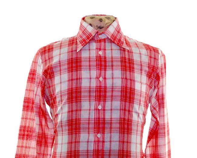 70s Red Checked Long Sleeve Shirt closeup
