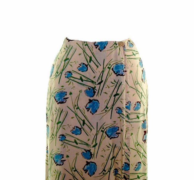 90s Cream Leaf Printed Wrap Skirt. closeup