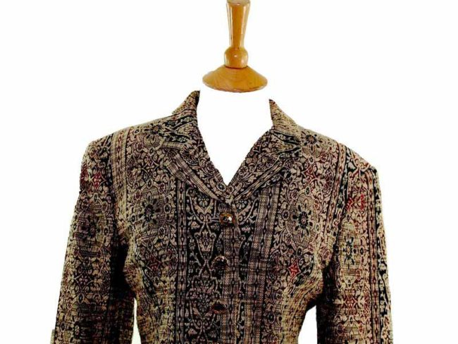 Womens Cropped Tapestry Jacket closeup