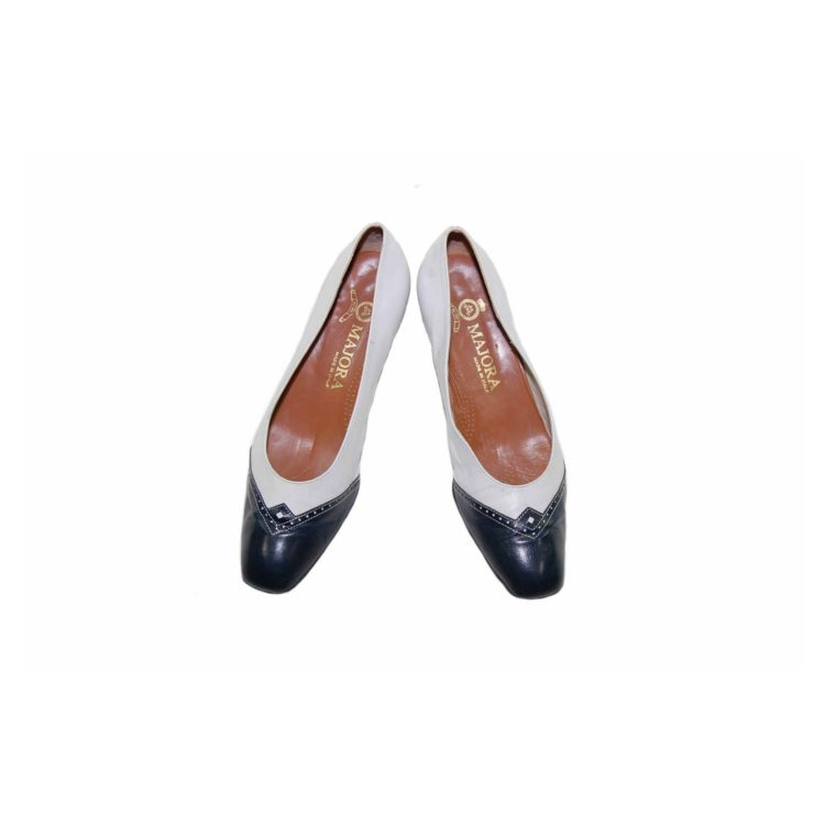 60s White Leather Heeled Pumps