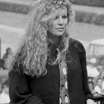 amazing 80s womens clothes-Kim Basinger