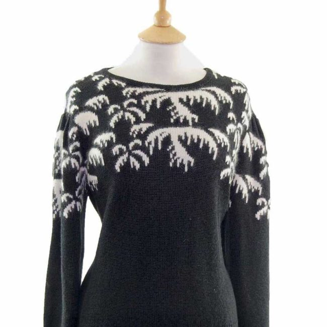 Close up of Ladies Black And White Long Sleeved 80s Sweater