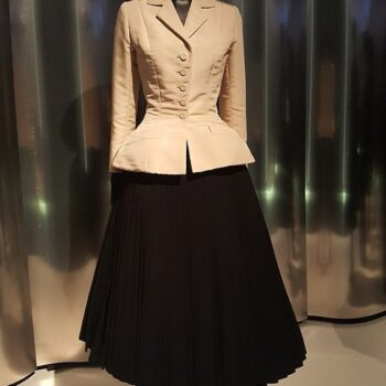 Renee Breton - Christian Dior's ' Bar Suit', 1947