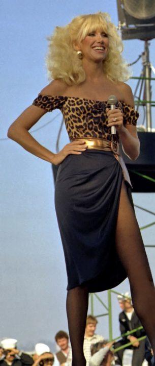 80s one shoulder tops-Suzanne Somers, 1981