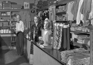 Retro workwear, Buell's Dry Goods, Worthington, Ohio, USA, May 10, 1947