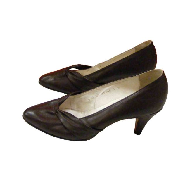 60s Brown Kitten Heel Pumps