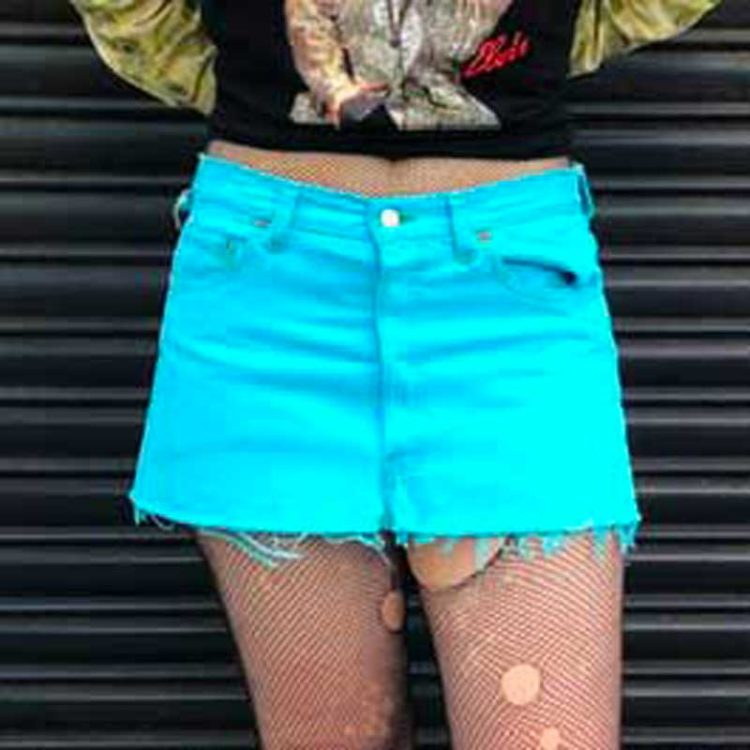 90s Cropped Blue Levis Skirt