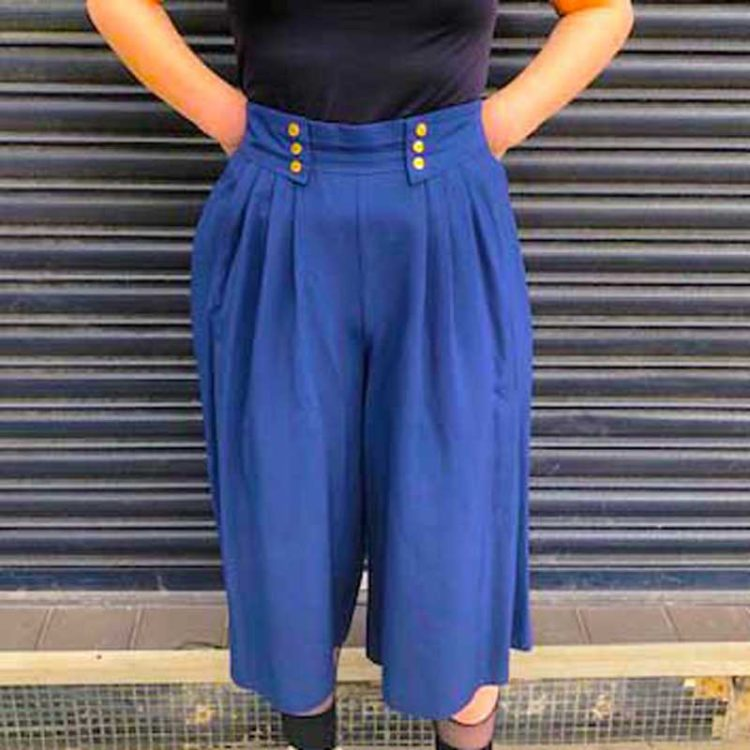 90s Navy Blue Culottes