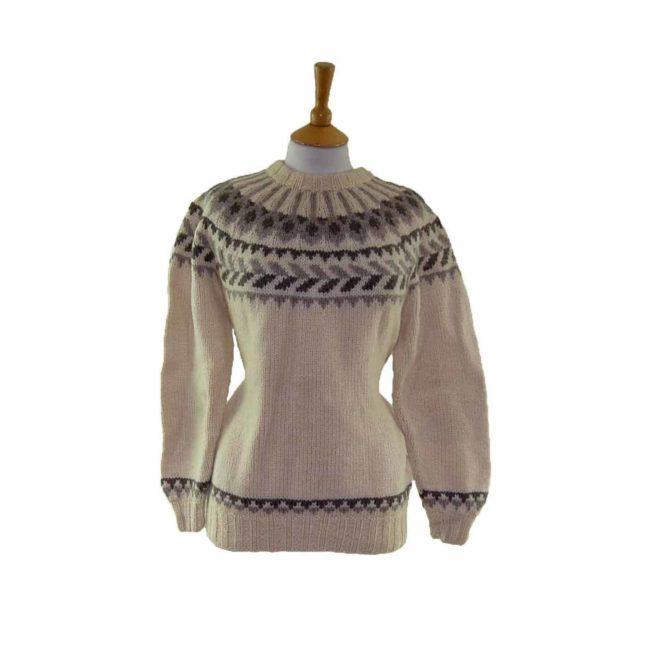 Womans Pure White Wool Scandinavian Jumper
