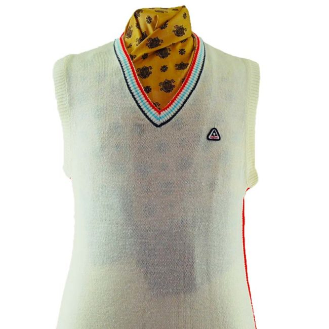 close up of 70s Vintage Authentic Sports Vest
