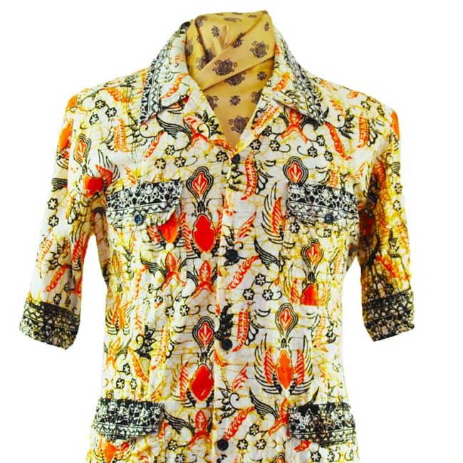 close up of 70s Egyptian Printed Short Sleeve Shirt
