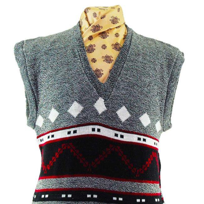 close up of 70s Vintage Dark Christmas Vest
