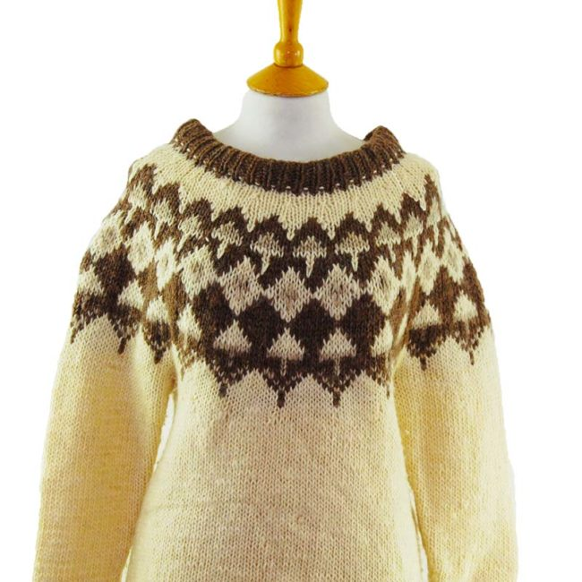 close up of 90s Cream And Brown Jumper