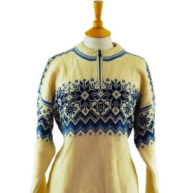 close up of 90s Dale Classics Norwegian Sweater