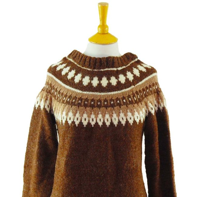 close up of 90s Oversized Brown Pure Wool Jumper