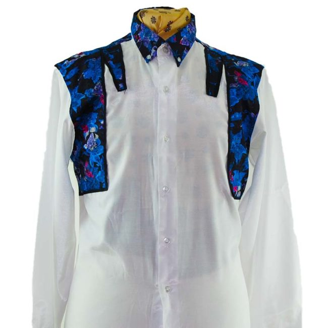 close up of 90s Snazzy Synthetic Silk Shirt