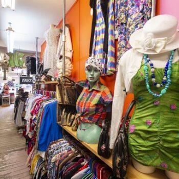 retro clothing stores - Blue17 interior