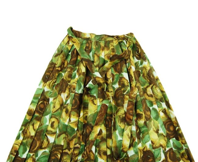 close up of 1950s Extremely Petite Brown And Green Skirt