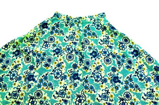 close up of 70s Vintage Blue Floral Print Skirt