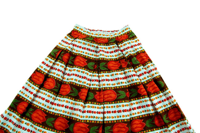 close up of Extremely Petite 1950s Skirt