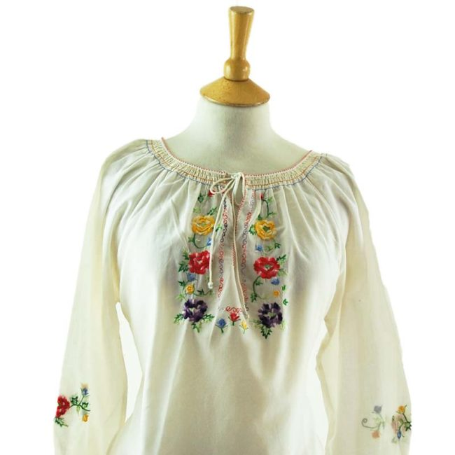 close up of 70s White Gypsy Blouse