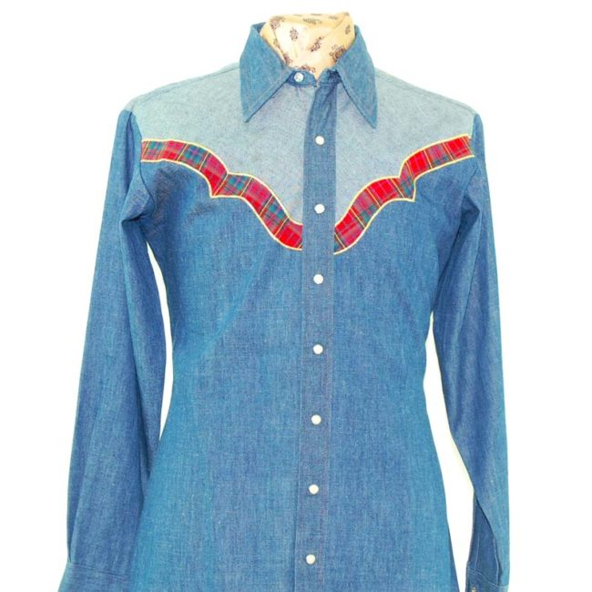 close up of back of Dee Cee Two Tone Denim Western ShirtTwo Tone Denim Western Shirt