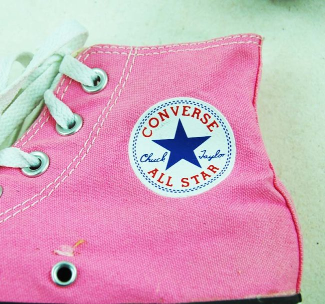 label of 90s Vibrant Pink Converse Sneakers