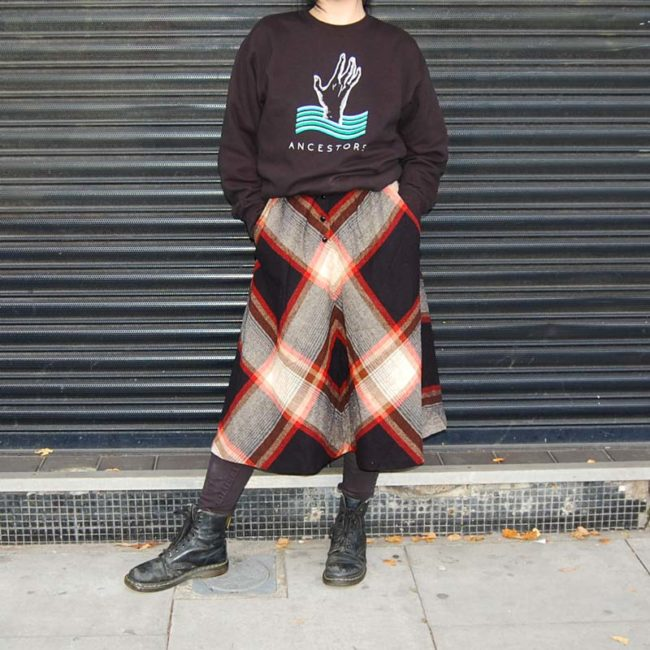pattern of 70s Symmetrical Diamond Tartan Skirt