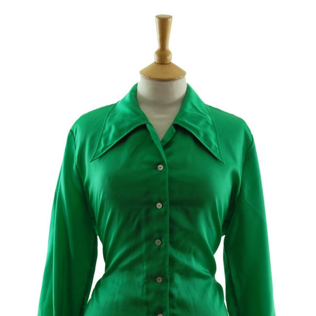 close up of 70s Emerald Green Satin Blouse