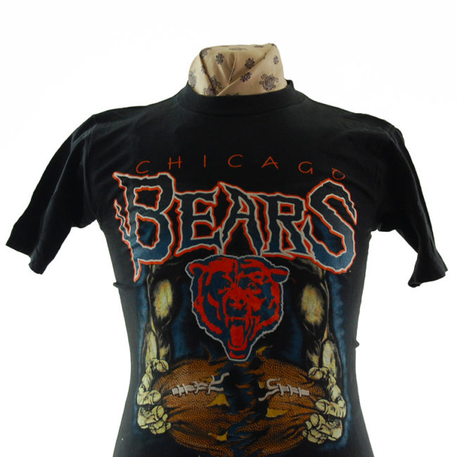 close up of Chicago Bears T Shirt