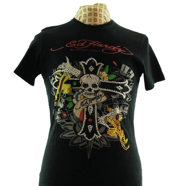 close up of Designer Ed Hardy T Shirt
