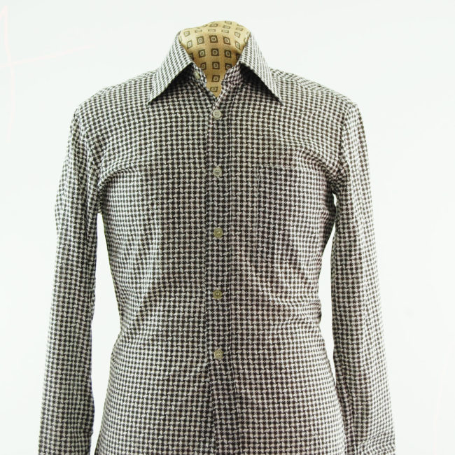 close up of Houndstooth 70s Shirt