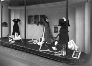 A Vogue fashion display during Betty Penrose's tenure. Image copyright free via Wikimedia Commons.