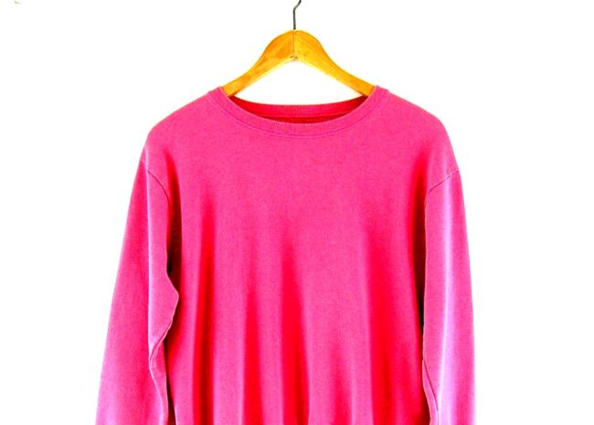 90s Pink Crew Neck Sweatshirt close up