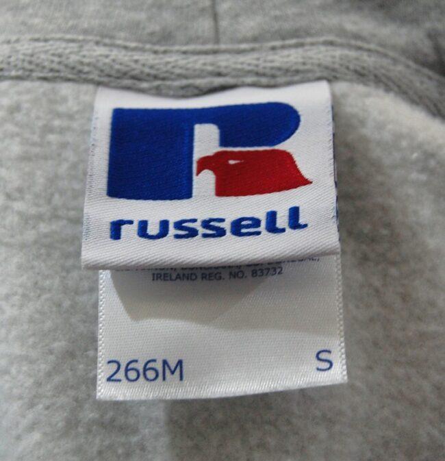 Russell inside Label