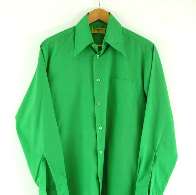Close up of 70s Green Shirt