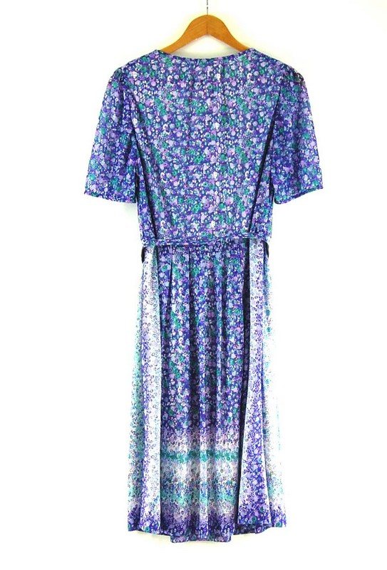 Back of Belted 70s Floral Dress