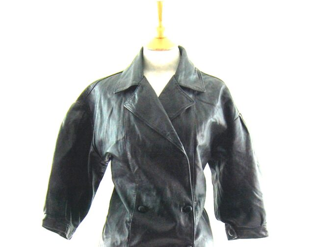 80s Cropped Sleeved Leather Jacket close up