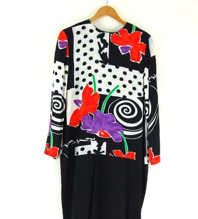 Close up of 80s Printed Shift Dress