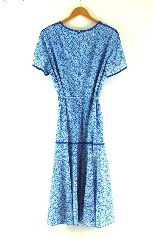 Back of 70s Tie Waist Dress