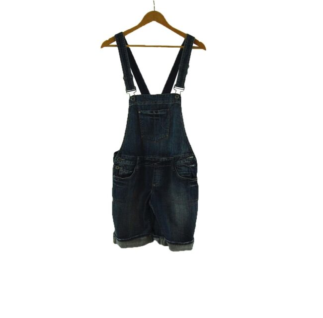 For That 90s dungarees look