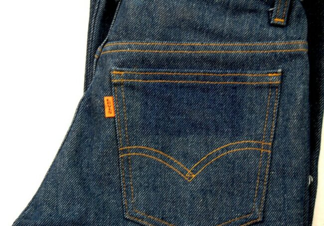 Close up of 70s Levis 746-0917 Rinsed Denim Student fit Jeans